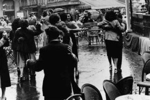 Dancing in Paris