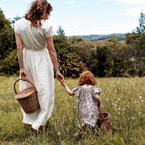 Olli-Ella-Mother-and-Daughter-Rattan-Apple-Baskets