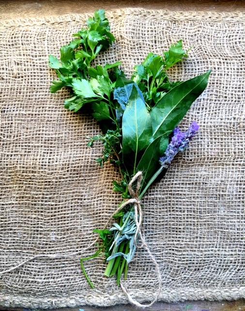 ittle French Heart Bouquet Garni