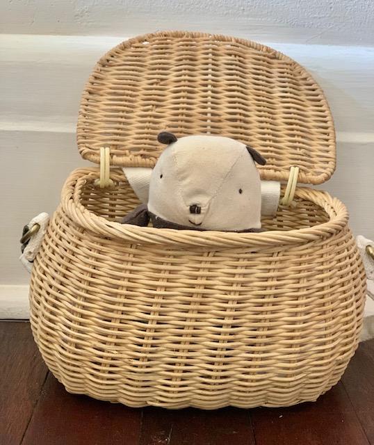 Maileg Tale - Little Panda hides in a chari basket