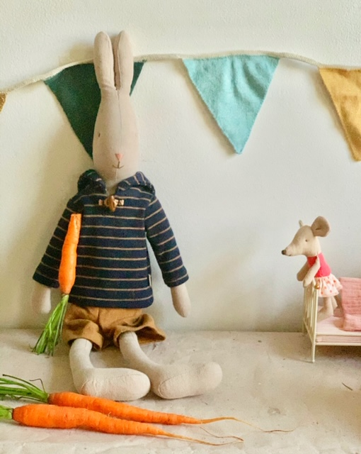 Maileg Tale with Maileg Sailor Rabbit
